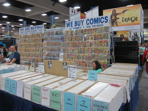 Yes, they still buy, sell and trade comics at Comic-Con.