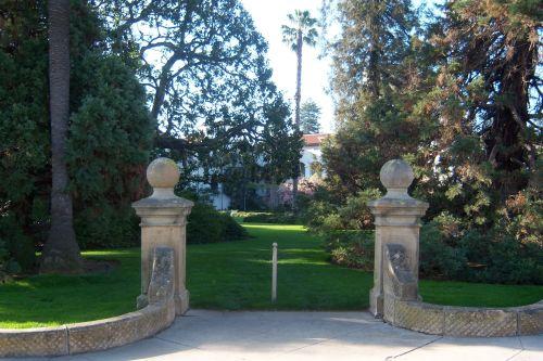 SB Sunken Gardens