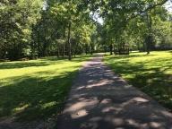 Wy Hit Tuk Park path